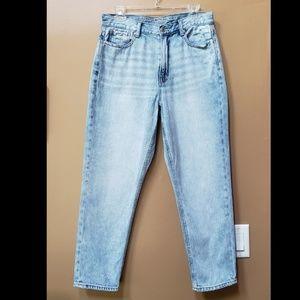American Eagle high waisted straight leg jeans
